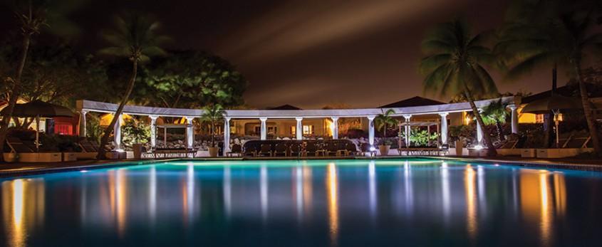 night-dark-hotel-luxury